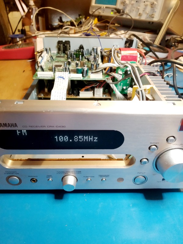 Yamaha CRX-D430 working